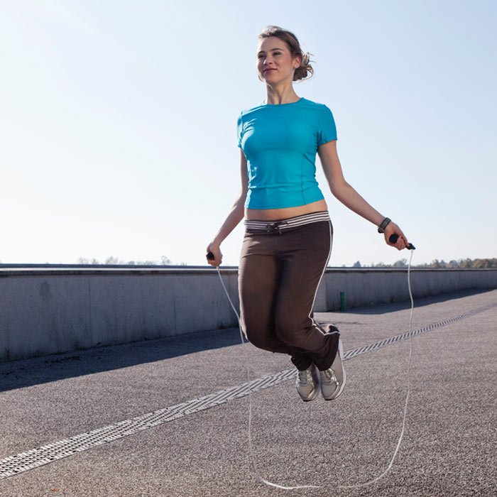 woman-jumping-rope-workout_0